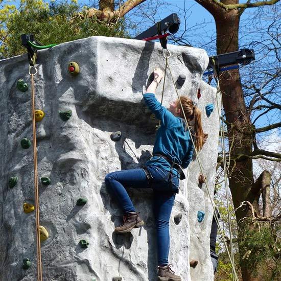 climbing-wall-sq