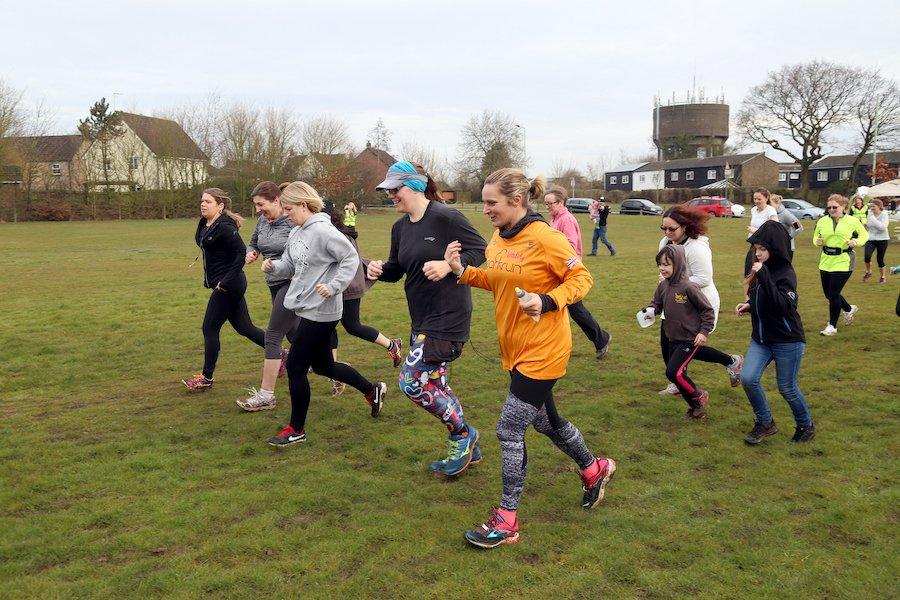 people running at mildenhall parkrun