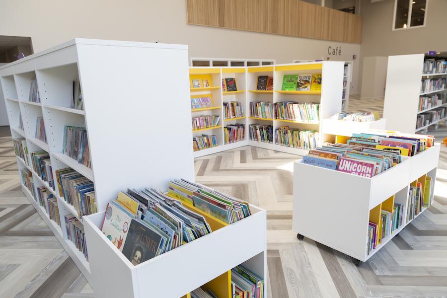 Library at Mildenhall hub
